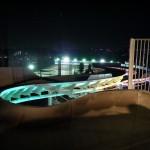 夜のウォータースライダーと奥のナイター球場 - 2013/01/05 18:34